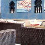 Cafe BOHEMIA - テラスのソファー