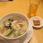 北海園 - お肉と野菜ラーメン