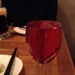 42005787 - グラスワインは本当になみなみでした