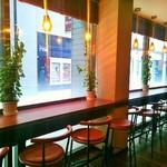 カフェ サンレモ - 禁煙席