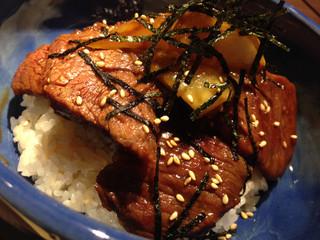 赤身焼肉 寿香苑 あかつき - 肉柔らかい