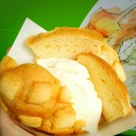世界で2番めにおいしい焼きたてメロンパンアイス 自由が丘店 - メロンパンアイスー!