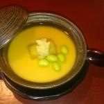 季のかおり - 蒸し物     茄子の上に生姜がのった、とろりとした茶碗蒸しのような上品で美味しい一品でした。