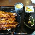 4203913 - 上鰻丼(肝吸い・茶碗蒸しつき)