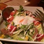 とりくら - とりくらサラダ(¥850→これのハーフサイズで注文)