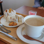 パティスリー アン - 2015年9月再訪:ケーキセット☆