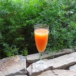 ジンナンカフェ - ブラッドオレンジのミモザ