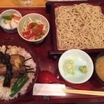 42035101 - 角煮丼セット