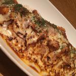 カレーや うえの - 完熟トマトのチキンカレー炙りチーズのせ