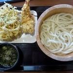 丸亀製麺 - 釜揚げうどん&天麩羅