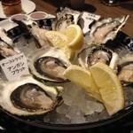 オイスター&ワイン ペスカデリア - みずみずしい、クリーミーな牡蠣をシャンパンと。