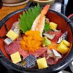 庄内庵 - 庄内庵御膳の海鮮丼(2015年9月)