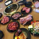 まんぷく太郎 - ヤッタァ⁽⁽٩(๑˃̶͈̀ ᗨ ˂̶͈́)۶⁾⁾ 食べまくるぞー‼︎