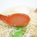 麺屋 翔 - 澄んだスープ