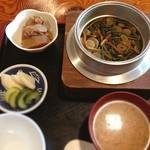 一献 - 料理写真:山菜釜めし