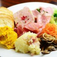 カルネバッカ - 前菜の盛り合わせ(5種)¥980