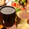 下町ビストロ リカリカ - ドリンク写真:がぶ飲みワイン!! 水面張力!!