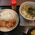 チキ南亭 - 竜田揚げとうどん