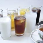 マインズ - 人気のラッシーをはじめ、アイスコーヒーやアイスティなどご用意しております。