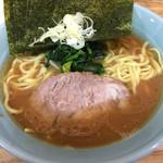 横浜家系 侍 - ラーメン ノリ増し