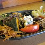 かよちゃん - お惣菜盛り合わせ