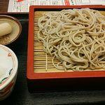 湯楽 湯上処 - 料理写真:朝打ち自家製蕎麦とのことだが、シコシコ感や蕎麦の風味はあんまり・・・