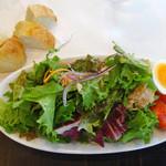 カルミネ - ランチのサラダ