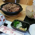 上田 - 料理写真:牛肉のひつまぶしセット
