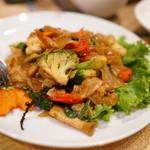 イムアロイ - 2015.9 生麺センヤイのパッキーマオ(激辛焼きそば)