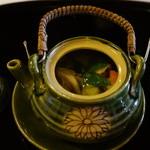 筑紫亭 - 鱧、キノコ、鶏肉、銀杏