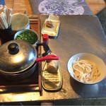 大平製麺 - 薬味と出汁