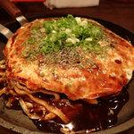 42069317 - お好み焼き・肉玉沖縄そば入り(780円)
