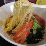 中華洋食きらく - 麺は細めん