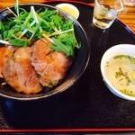茶太郎's Cafe やまの - 茶豚丼