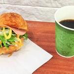 鎌倉Cafe Lily -