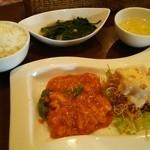 ハナハナ - Cランチ エビチリとエビマヨ、スープ、ライス、デザート付き 950円
