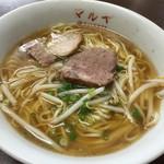 42074733 - 2015.9.19 あっさり平打ち麺の中華そば380円(税込)