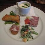 モンブーシェ - 前菜とスープ