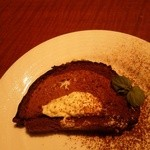 42082854 - ④チョコレートケーキ