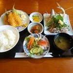 42083935 - 黄金定食 1600円