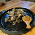 北海道シントク町 塚田農場 - 新得地鶏のにんにくみそ焼き