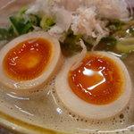 麺や拓 - ☆味玉ウルウルですね~(^_-)-☆
