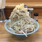 42092140 - ラーメン650円麺半分野菜ニンニク
