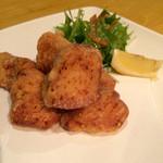 炭焼kitchen 達磨 - 高宮鶏の唐揚げ¥550
