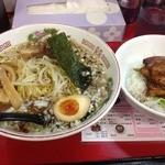 ササラ - 醤油ラーメン(680円)丼セット(+200円)