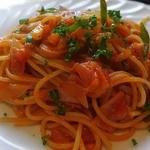 レストラン吉野 - ナポリタンはトマトソースが加えてある
