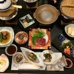 プラザホテル山麓荘 - 料理写真:夕食