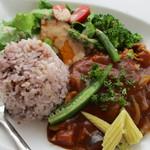3rd フロア - 夏野菜のトマトカレー