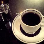 純喫茶 車 - コーヒー 330円