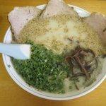 翔龍 - チャーシュー麺(650円)